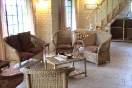Guest Cottages -Lounge